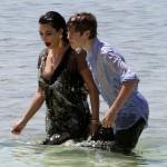 Kim Kardashian Justin Bieber Holding Hands